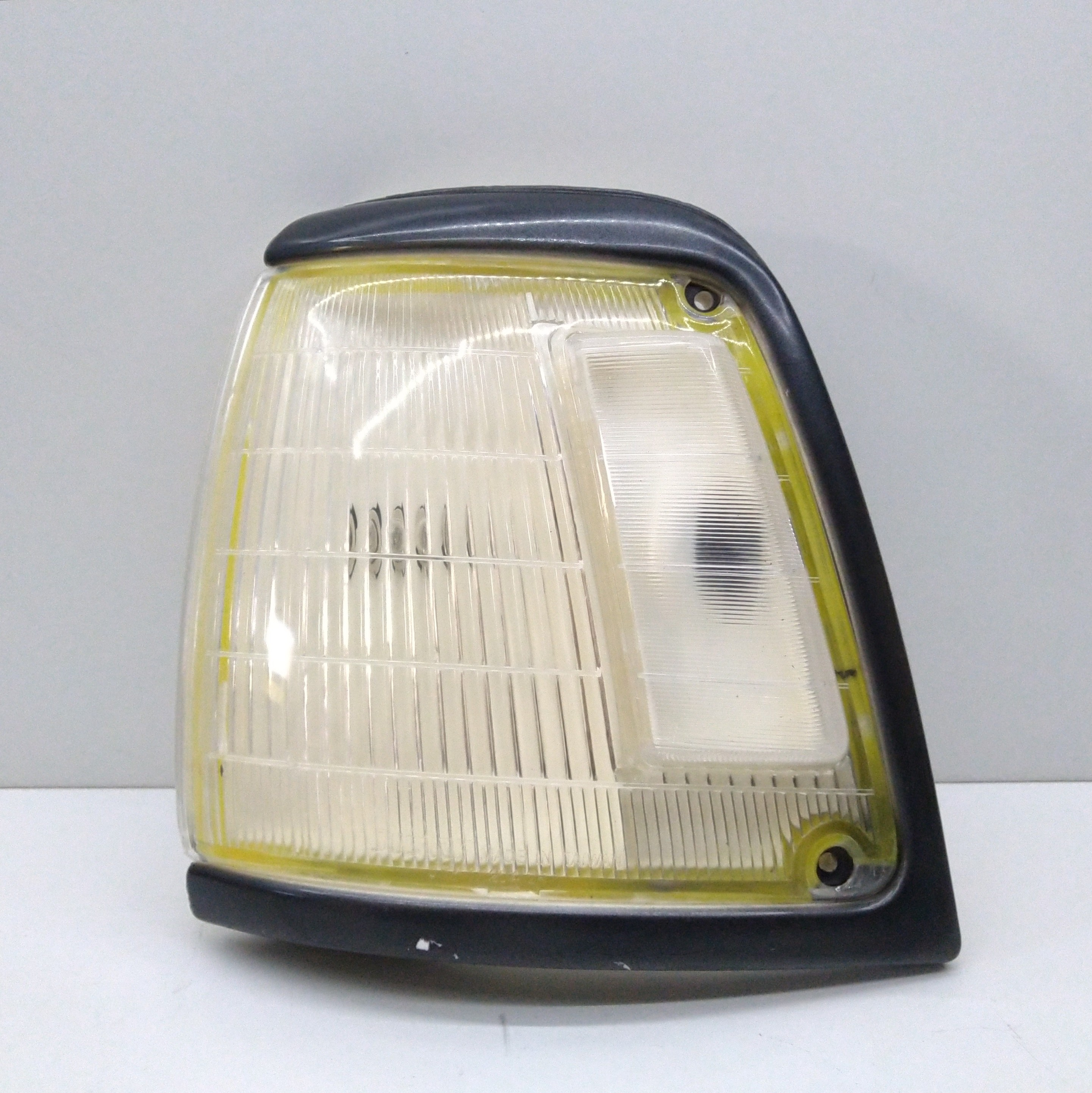 LEFT HEADLIGHT TOYOTA LN85 HILUX FOR 8162089180