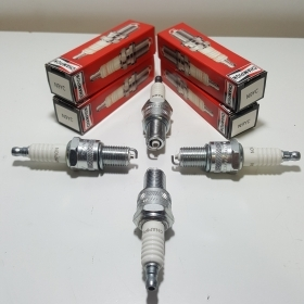 SET OF 4 CHAMPION SPARK PLUGS N9YC FORD CAPRI - CORTINA - ESCORT - SIERRA 1506415