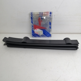 GUIDE FRONT GLASS RIGHT FIAT PUNTO 5 DOOR ORIGINAL 7742055