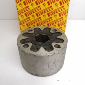 THE COUPLING SHAFT 6 QUARRIES FIAT 600 - 600D - MULTIPLE PIRELLI 3192