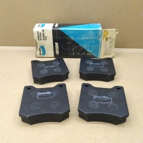 BRAKE PADS KIT FRONT PEUGEOT-204 - 304 BENDIX FOR 424538