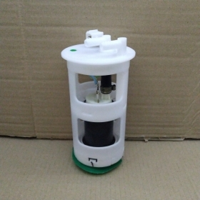 FUEL PUMP CITROEN C15 - SAXO - PEUGEOT 106 BOSCH FOR 145504